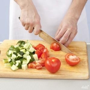 Летний салат по-гречески - фото шаг 2