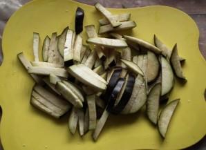 Курица с баклажанами и грибами - фото шаг 2