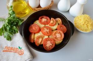 Яичница с кабачками и помидорами - фото шаг 3