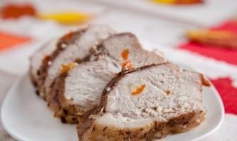 Сочная свинина в фольге в духовке  - фото шаг 5