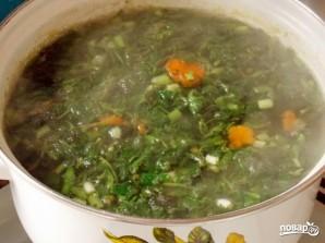 Суп с крапивой и яйцом - фото шаг 7