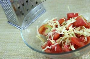 Салат с моцареллой и помидорами - фото шаг 2