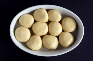 Сладкие булочки из дрожжевого теста - фото шаг 8