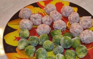 Фрикадельки с овощами - фото шаг 1