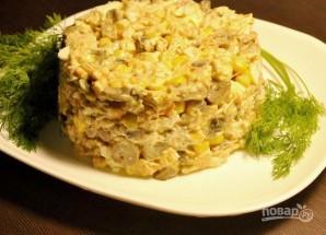 Салат с вешенками, курицей и кукурузой - фото шаг 4