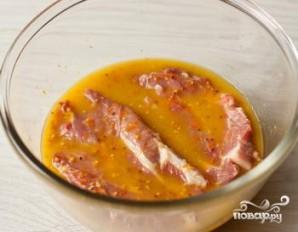 Стейк из свинины с апельсиново-горчичным соусом - фото шаг 3