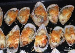 Мидии, запеченные с сыром в духовке - фото шаг 8