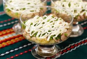Салат из печени трески слоеный - фото шаг 5