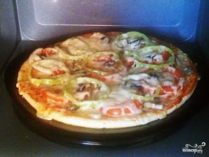Пицца в микроволновке - фото шаг 6