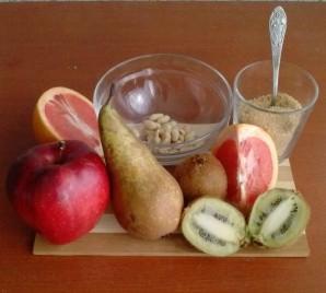 Фруктовый салат с коричневым схаром - фото шаг 1