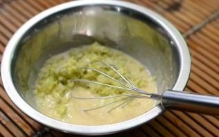 Капустные оладьи с сыром - фото шаг 3