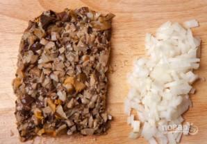 Запеканка с солеными грибами - фото шаг 2