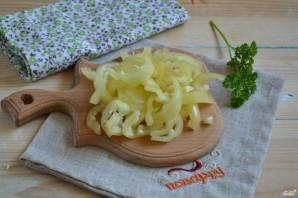 Маринованная капуста с овощами - фото шаг 2
