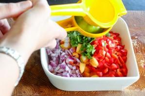 Салат с персиками и овощами - фото шаг 6
