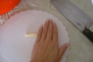 Булочки с колбасой - фото шаг 11