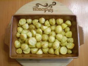 Картофель кусочками в духовке - фото шаг 6