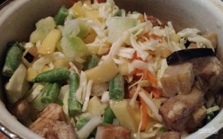 Скумбрия, запеченная с овощами в рукаве - фото шаг 2