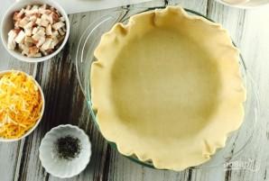 Пирог с яйцами, сыром и беконом - фото шаг 3