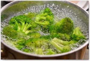 Запеканка из брокколи в духовке - фото шаг 1