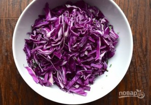 Салат с виноградом и фисташками - фото шаг 3