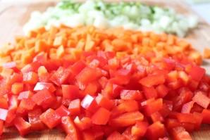 Салат из сырой цветной капусты - фото шаг 3