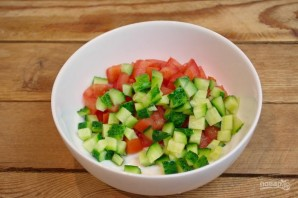 Салат с сыром фета - фото шаг 2