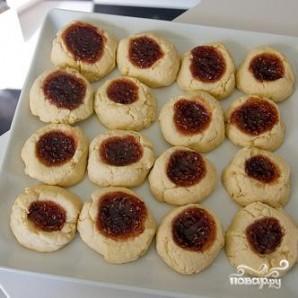 Печенье с малиновым вареньем - фото шаг 5