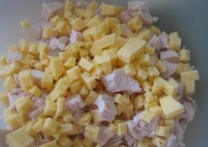 Салат с вареной куриной грудкой - фото шаг 2
