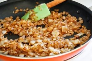 Грибы под сливочным соусом - фото шаг 5
