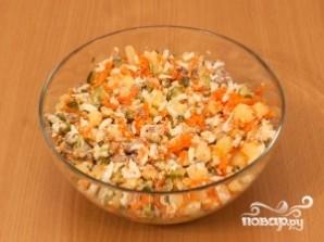 Картофельный салат с соленым огурцом - фото шаг 4