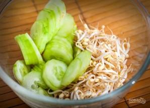 Салат из копченой колбасы - фото шаг 2