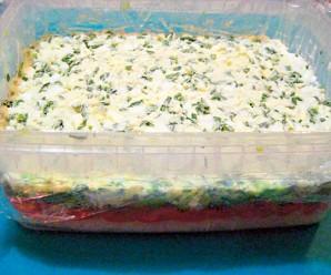 Красная рыба под шубой салат - фото шаг 6
