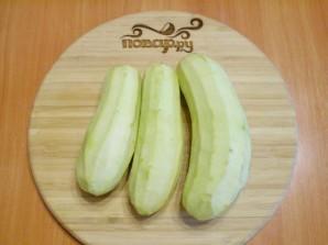 Баклажаны жареные с чесноком и сметаной - фото шаг 2