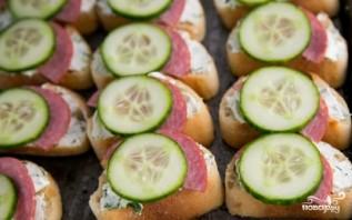 Гренки с колбасой - фото шаг 9