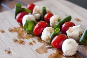 Салат с оливковым маслом - фото шаг 3