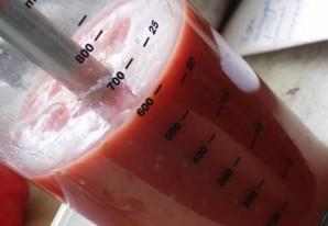 Минтай, тушеный в томатном соусе - фото шаг 3