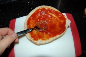 Пицца-минутка в микроволновке - фото шаг 4