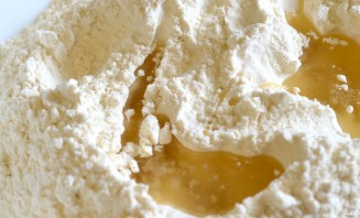 Чебуреки сырные - фото шаг 1