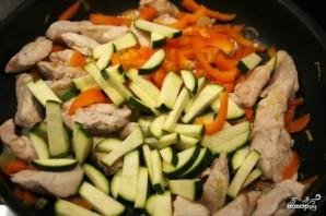 Нут с курицей и овощами - фото шаг 5