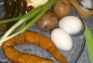 Салат с копченым кальмаром   - фото шаг 1