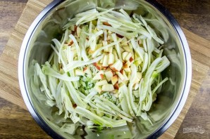 Рецепт капустного салата - фото шаг 2