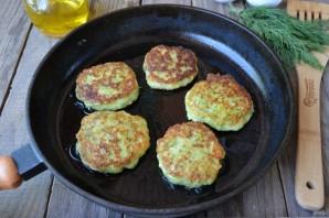 Кабачковые оладьи с сыром и зеленью - фото шаг 8