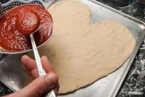 Пицца на день святого Валентина - фото шаг 4