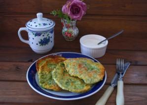 Лепешки с зеленью на сковороде - фото шаг 10