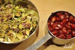 Салат с грушей и сыром - фото шаг 7