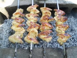 Куриный шашлык на кефире - фото шаг 7