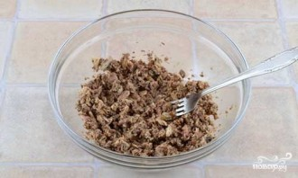 Котлеты из консервированной сайры - фото шаг 1