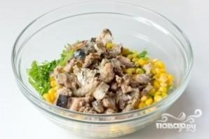 Салат из сардины в масле - фото шаг 4