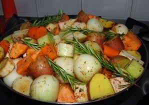Говядина и овощи в казане - фото шаг 4
