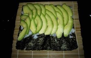 Суши с авокадо - фото шаг 1